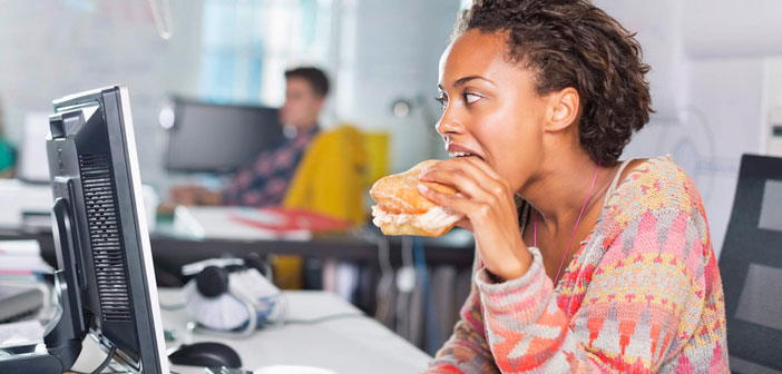 The last tip for healthy food but passes 8 hours a day sitting in the office is a bit paradoxical but enjoy a little! It's not about becoming an extremist healthy food, this will not help for the future.