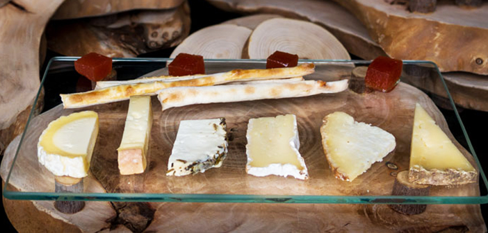 He explains Antony, & Quot; cheese, as all living product, It is always different. Its diversity of flavors, textures and expressions are constantly renewed & quot;. Y, on its proposal for this occasion, Add: & Quot; I myself learn every day, I rediscover my cheese.