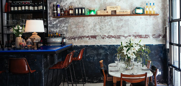 """""""What would happen if we chose the wine first and then the food?"""". So it raised in this local Chueca with 365 different wines in its letter and its Champagne Brunch that, held every Sunday."""