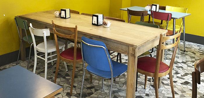 industriel prédomine, ancienne et simple. Par exemple, dans de nombreux meubles locaux qui décore le salon sont des chaises et des tables vieux type scolaire. Il est également l'industrie de la mode chic et de l'Espagne.