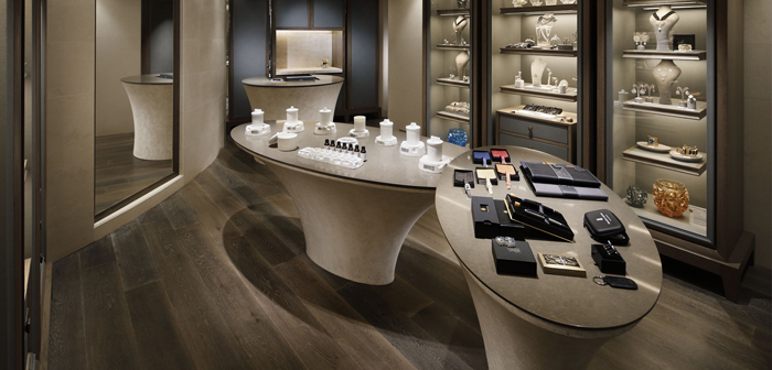 The truth is that, like many other innovations that the company likes to brag, Store this scheme is anything but itself. It is simply an evolution of the provision of furniture and presentation used in luxury hotels the Ritz-Carlton brand.