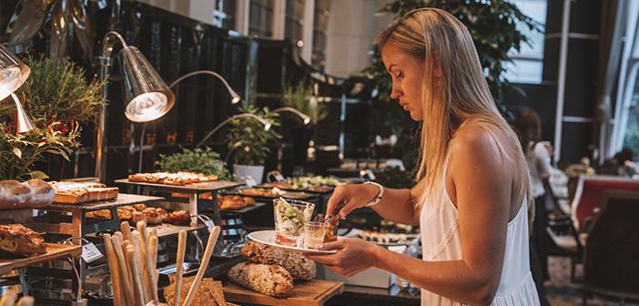 Un reciente estudio sobre costumbres de la población y horarios de apertura de restaurantes en el Reino Unido muestra la necesidad de adaptarse a los hábitos de los nuevos consumidores
