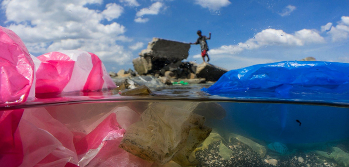 We explain the global crisis of plastic pollution