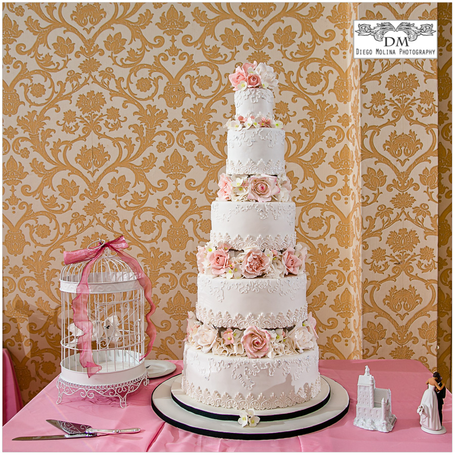The Most Talented Wedding Cakes Designer in Bergen County  Northern         wedding photographer wedding cake photos northern nj