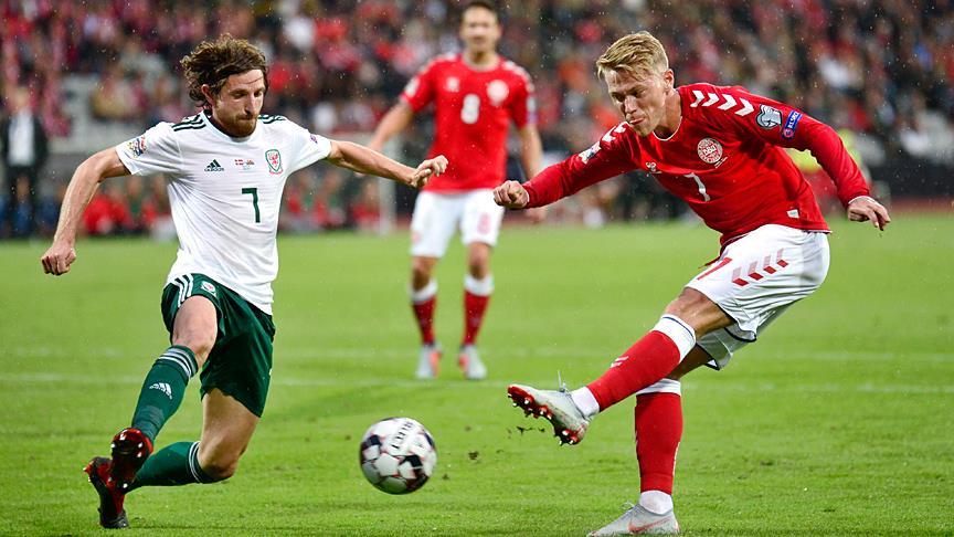 Danimarka, Galler'i 2-0 yendi