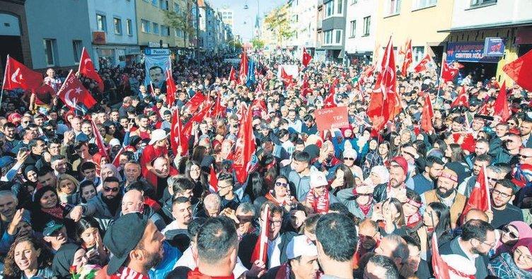 Türkler nüfusu ile ilk sırada