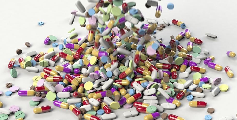 Eczanelerde ilaç sıkıntısı başladı