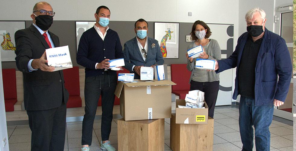 Moda şirketinden AWO'ya maske bağışı