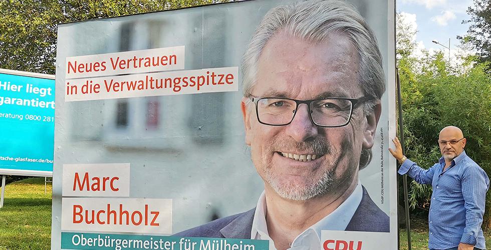Kampanya fotoğraflarını çektiği siyasetçiMülheim'a başkan oldu
