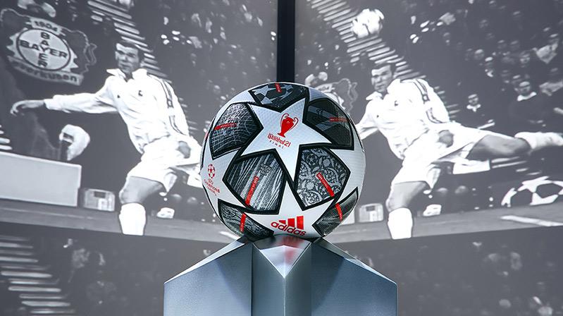 FINALE ISTANBUL 21 topu tanıtıldı