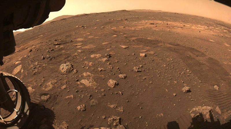 Perseverance Mars'ı gezmeye başladı