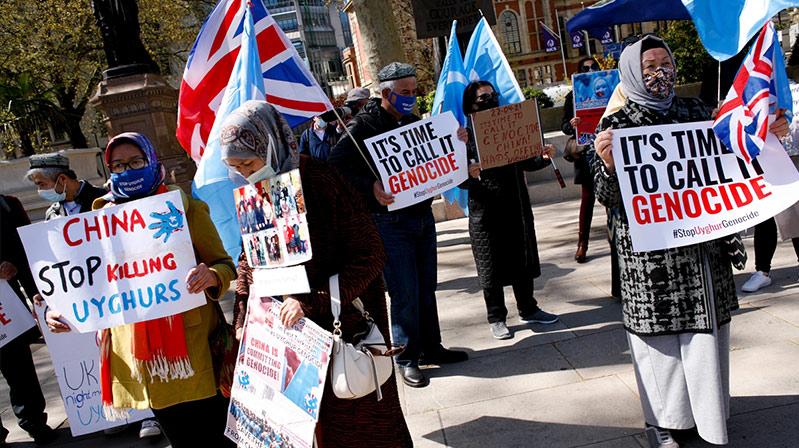 """İngiltere'deki Uygur Türklerinden İngiliz hükümetine, """"Çin'in hak ihlallerini soykırım olarak tanıyın"""" çağrısı"""