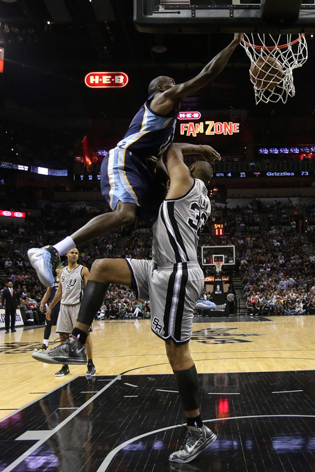 Quincy Pondexters Posterizing Dunk On Boris Diaw Of The