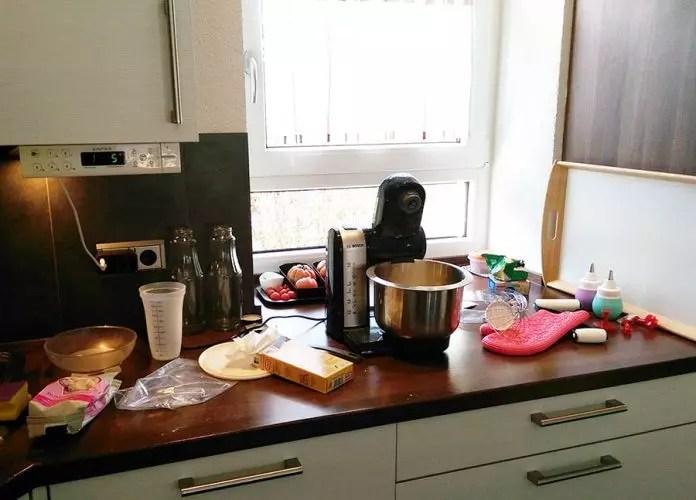 3 stöckige Torte mit Buttercreme selber machen für Anfänger   Die ...