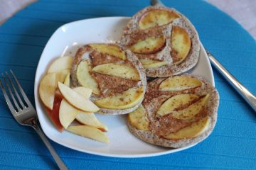 Pancakes aus Flohsamenschalen und Eiweißpulver