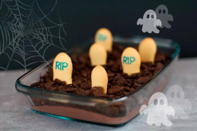 Halloween Nachspeise - Friedhof Mousse au Chocolat von Wendland