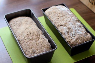 Reines Emmerbrot Rezept - Backen mit Emmermehl