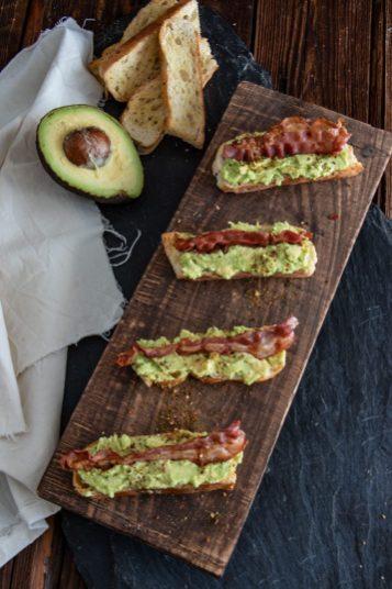 Fingerfood - Avocado Bacon Mini Baguettes