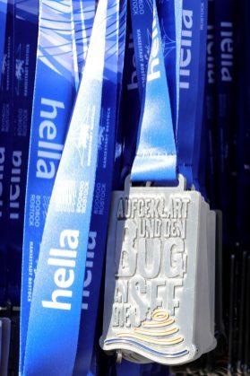 1. Platz Medaille: hella marathon nacht rostock (2)