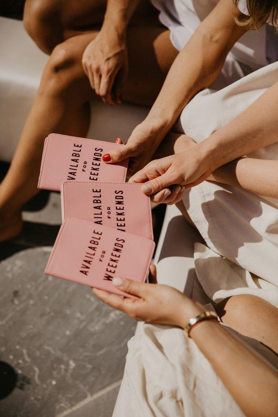Sommer Editorial Shooting Die Macherei, fotografiert von Patrick Langwallner . Models Vera Doppler, Magdalena Hüthmair, Nina Wrodnigg von You Rock My Life. Die Macherei