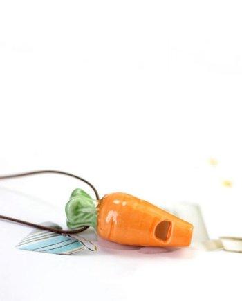 Porzellanpfeife Karotte auf Band