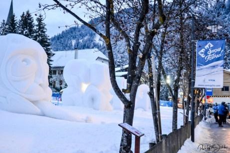 Schneeskulpturen Phalanx