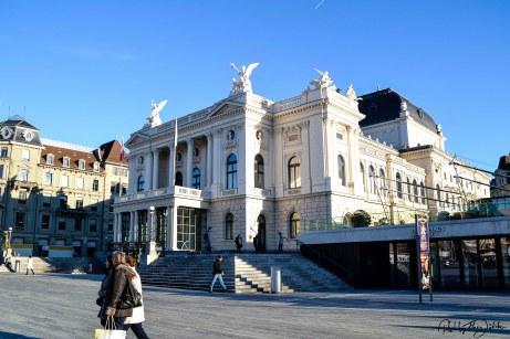 Opernhaus Zürich am Sechseläuten Platz. Foto: Flora Jädicke