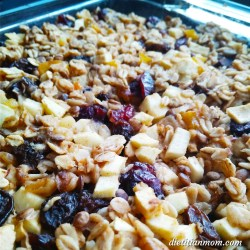 Vegan, vegetarian, plant-based, egg-free, dairy-free, gluten-free breakfast oatmeal recipe