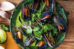 Green Thai Mussels