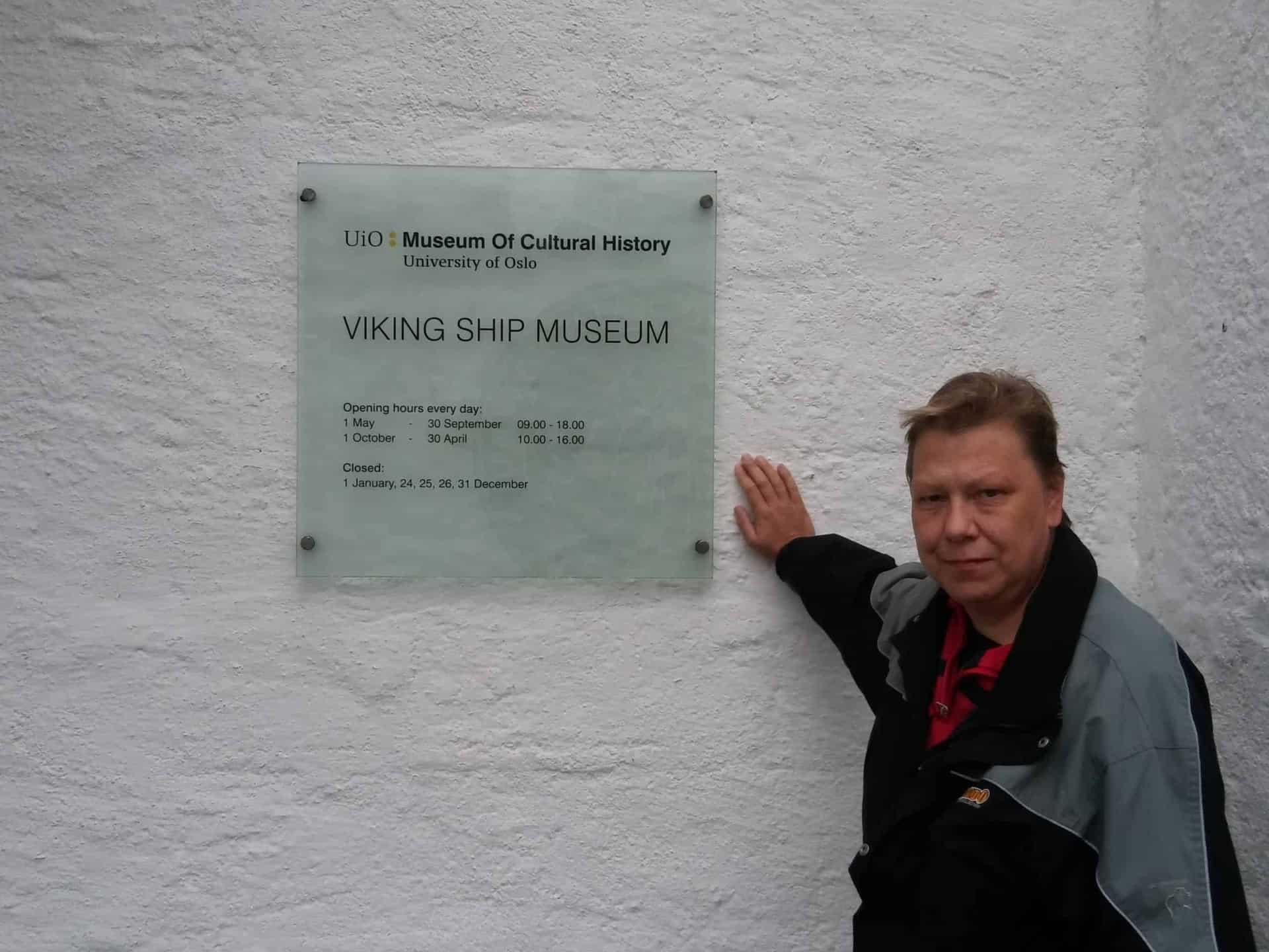 Marlies at Viking ship museum