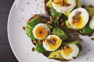 The Diet of the Common Sense - Toast with Avocado and Egg