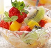 Low-Calorie Mixed Fruit Salad with Orange Juice Recipe