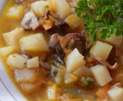 Low-Calorie Mushroom Potato Leek Soup Recipe