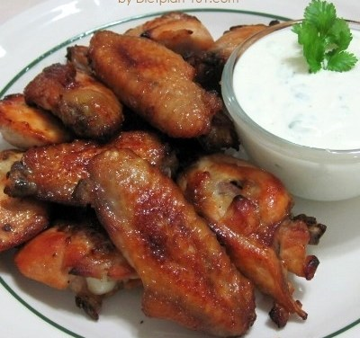 Baked Buffalo Wings with Blue Cheese Dip (Atkins Diet Phase 1 Recipe)