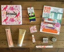 Die Pink Box im Mai. Beauty Saurus!