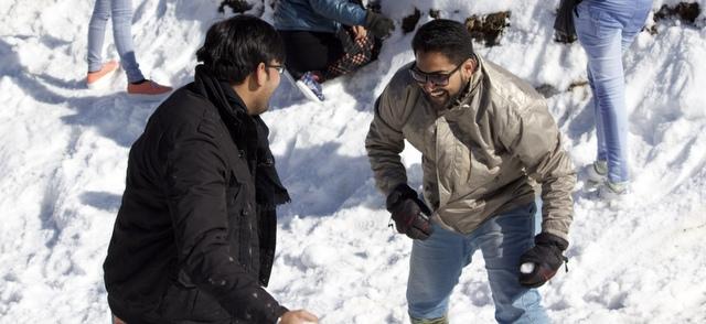 snow fights at Kufri
