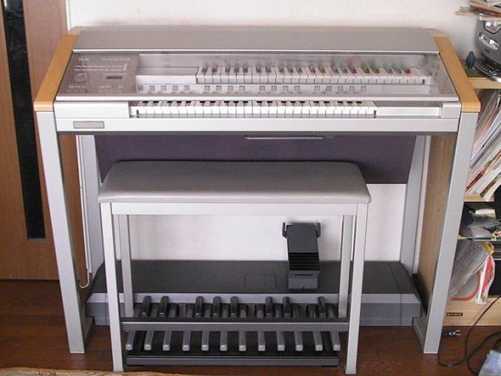 Difference Between Organ and Piano