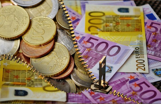 Difference Between Monetary and Nonmonetary Assets