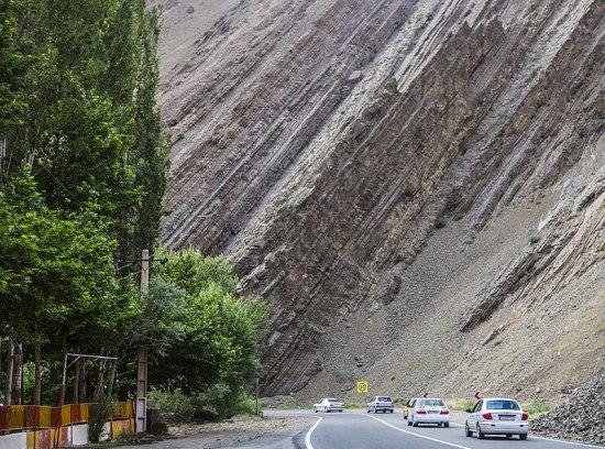 Key Difference - Chemical vs Detrital Sedimentary Rocks