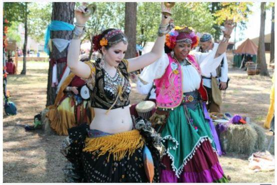 Gypsy vs Hippie in Tabular Form