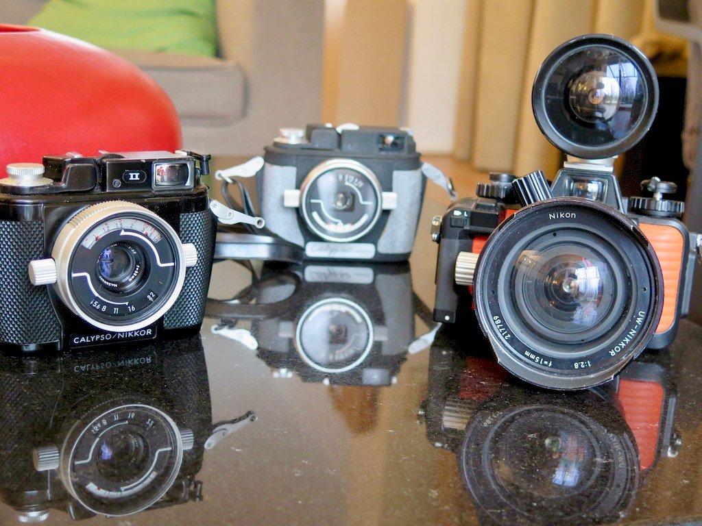 Des appareils photos anciens exposés