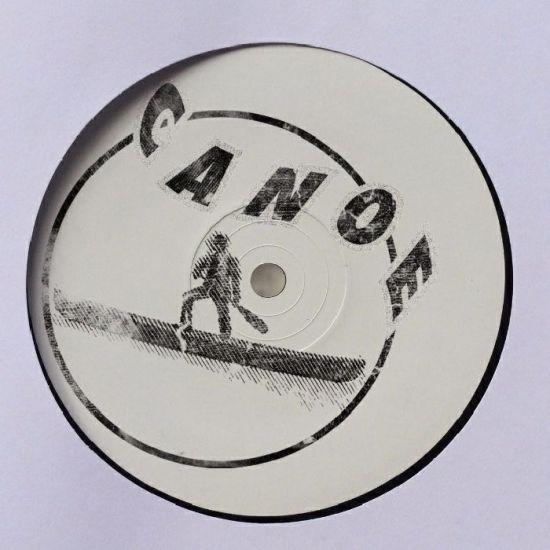 Nyra - Canoe 005