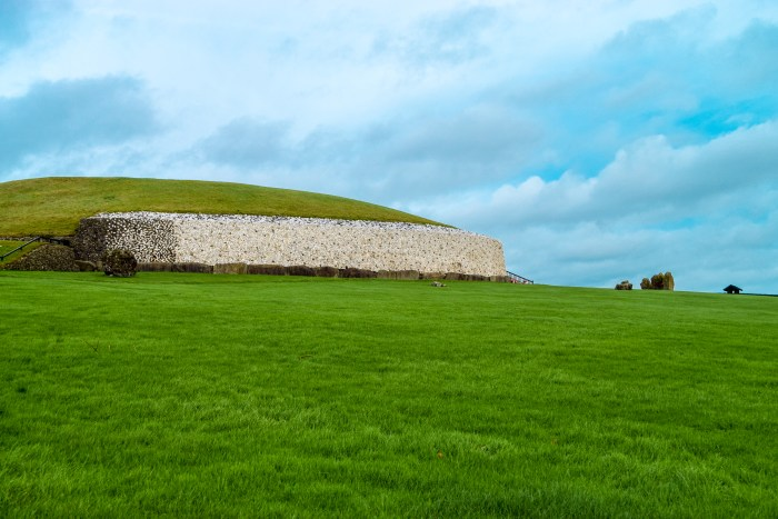 Brú na Bóinne – A 5,000 year old World Heritage Site!