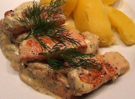 Lachs mit Honig-Senf-Dill-Soße und Salzkartoffeln
