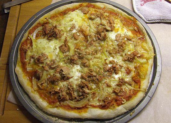 "Foto: Fertige Pizza aus ""dem pefekten Pizzateig"""