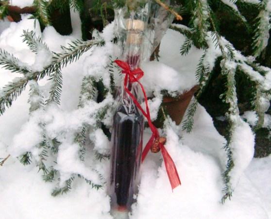 Zirbelschnapserl noch im Schnee