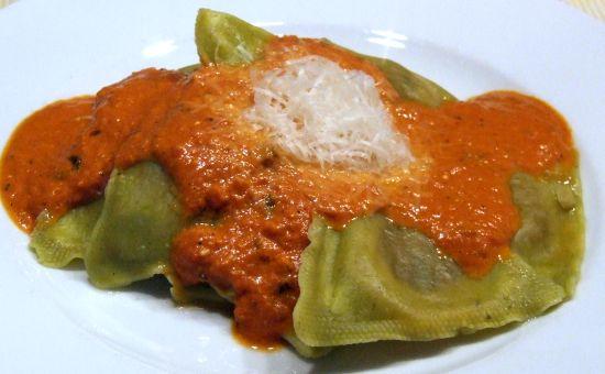 Foto: nachgekochte Sauce Toskana (hier zu Tortellini)