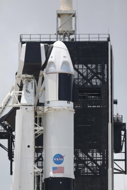 Focus, direct new attempt to launch NASA SpaceX Falcon 9 Dragon 2