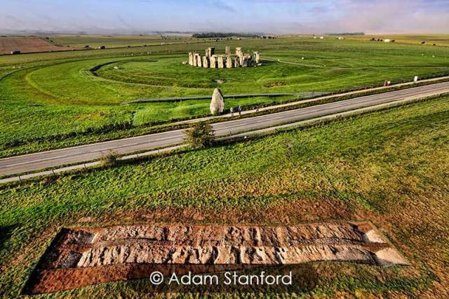 Stonehenge - The Avenue Excavation. © Adam Stanford.