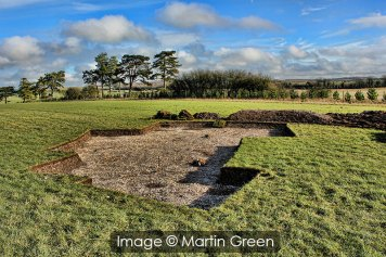 Image 01 - Excavating the Pond Barrow.